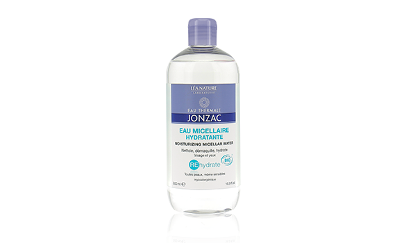 Nettoyez votre peau avec l'eau micellaire REhydrate
